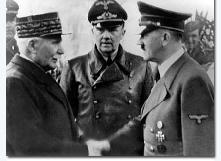 Pétain and Hitler gathered in Montoire. Image of Hitler's encounter with Marshal Pétain in Montoire, one day after meeting Franco.